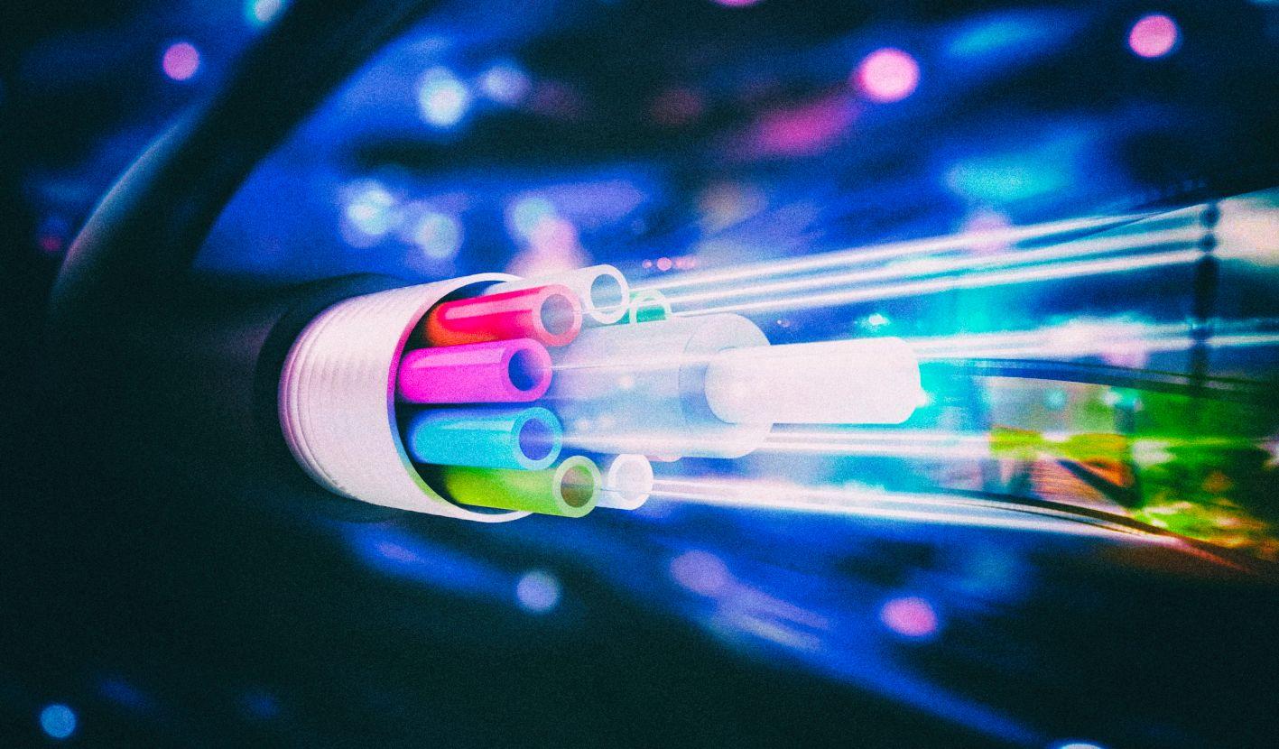 Nokia и Vodafone предложат пользователям интернет на скорости 100 Гбит/с