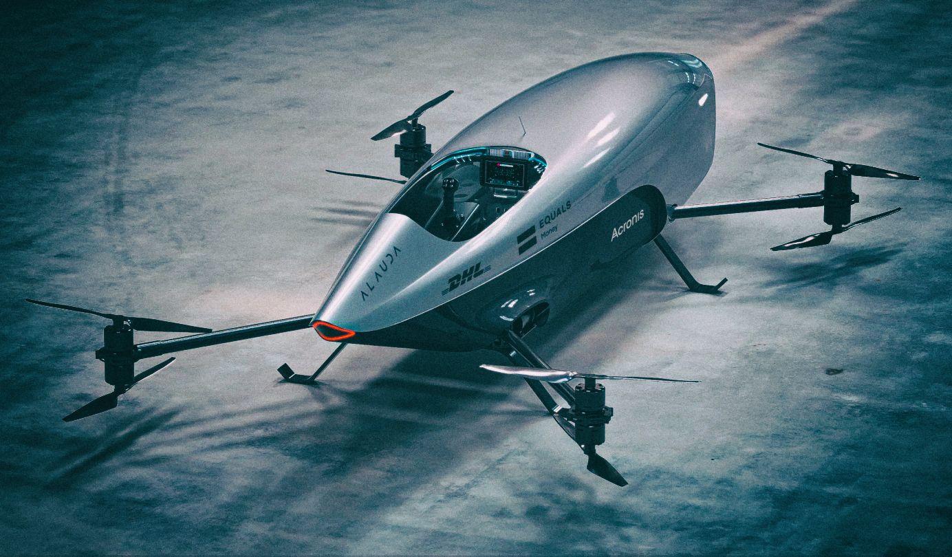 Представлен полноразмерный летающий гоночный спидер
