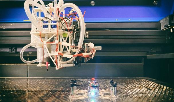Разработан станок для создания готовых дронов и роботов