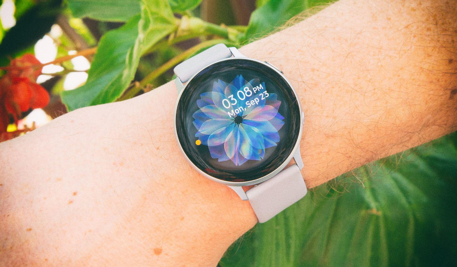 Samsung выкатил обновление для смарт-часов, призванное спасать жизни