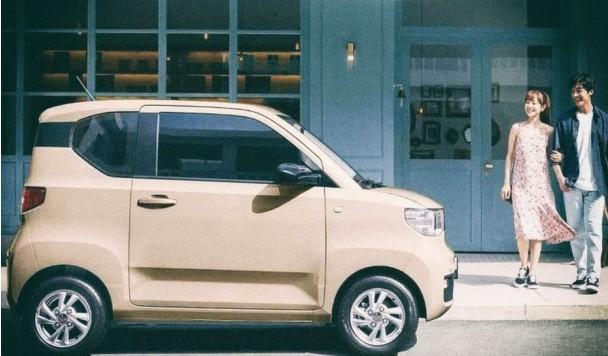 В Китае стартовали продажи ультрабюджетных электромобилей по $4,5 тыс.