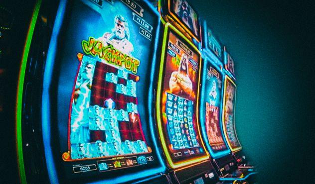 Пять причин играть в популярном казино Pointloto