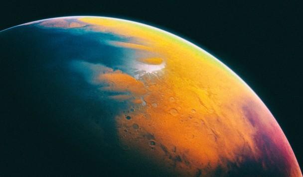 Большая часть древней марсианской воды все еще может быть на Марсе