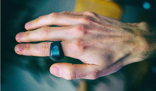 Смарт-кольцо позволяет дистанционно управлять компьютером