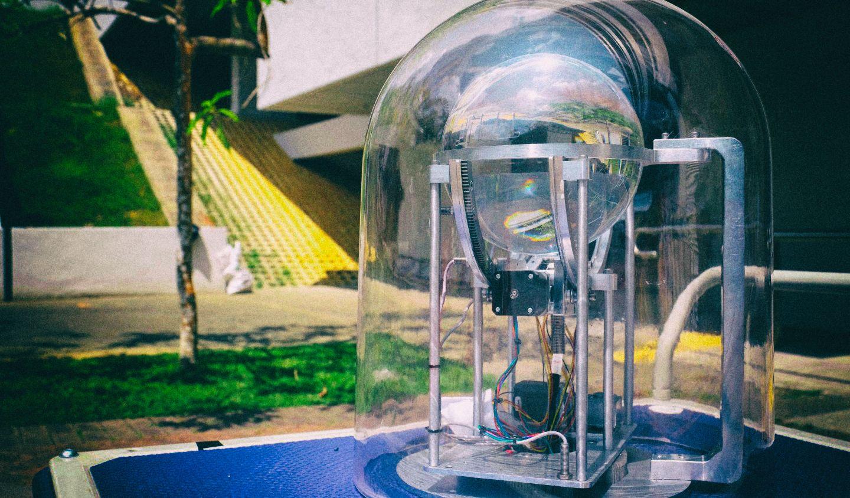 Разработан компактный передатчик солнечного света для темных помещений