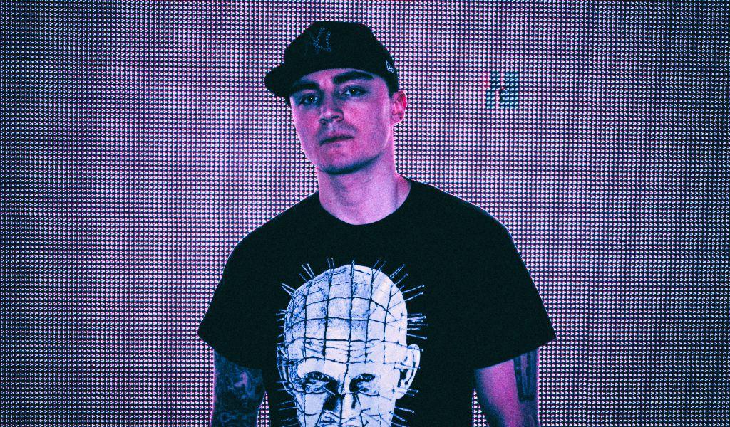 Электронный продюсер Daniel Deluxe сыграет в Киеве