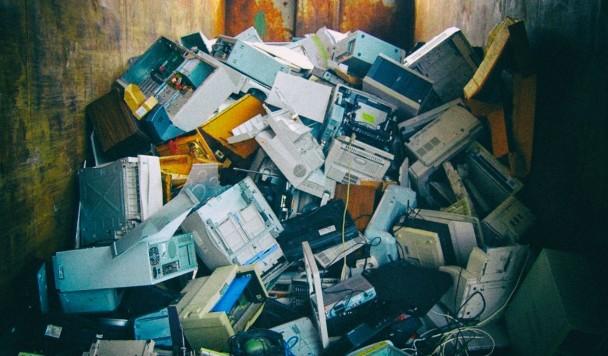 Почему электронные устройства живут так мало
