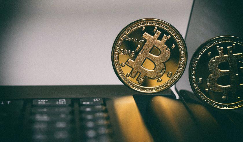 Аналитик прогнозирует падение стоимости биткоина на 50 процентов