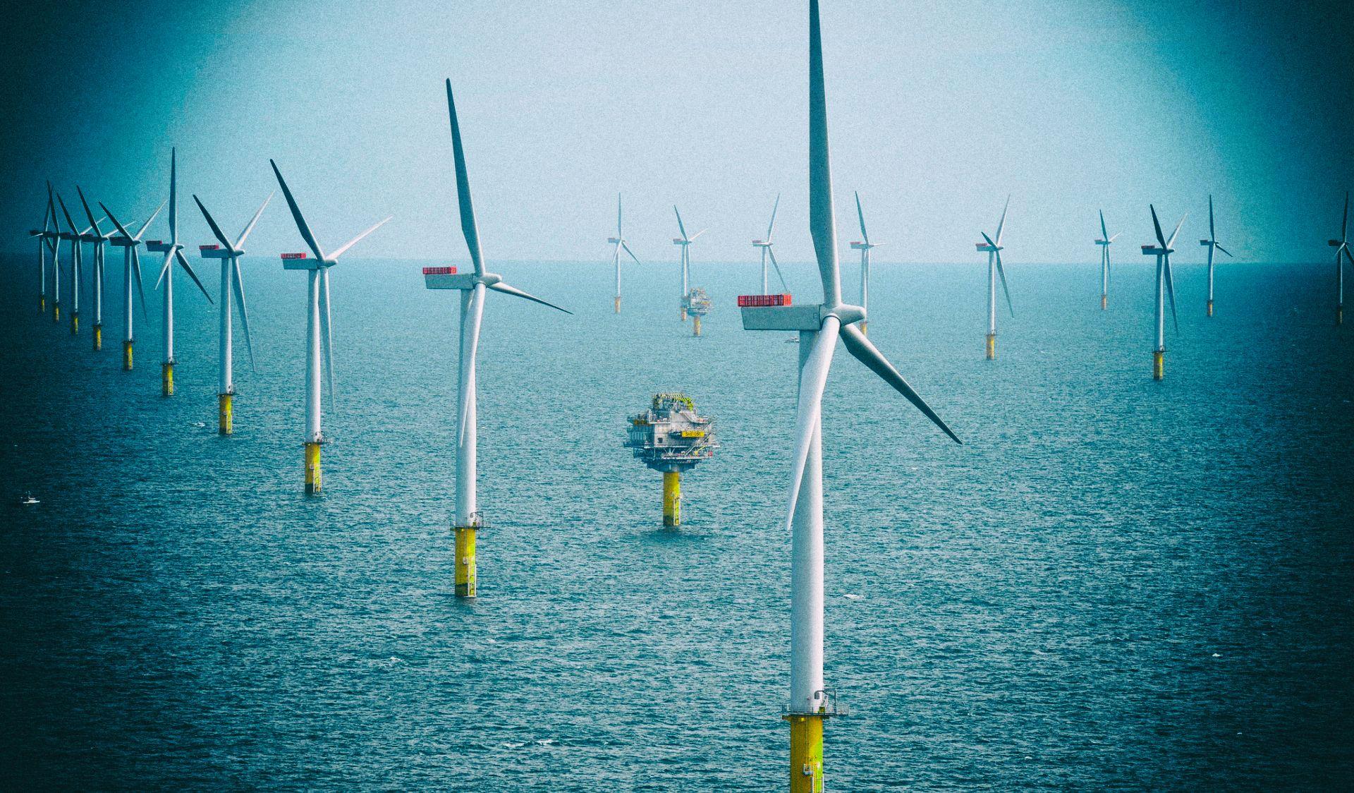 Поля ветровых турбин ослабляют энергию ветра
