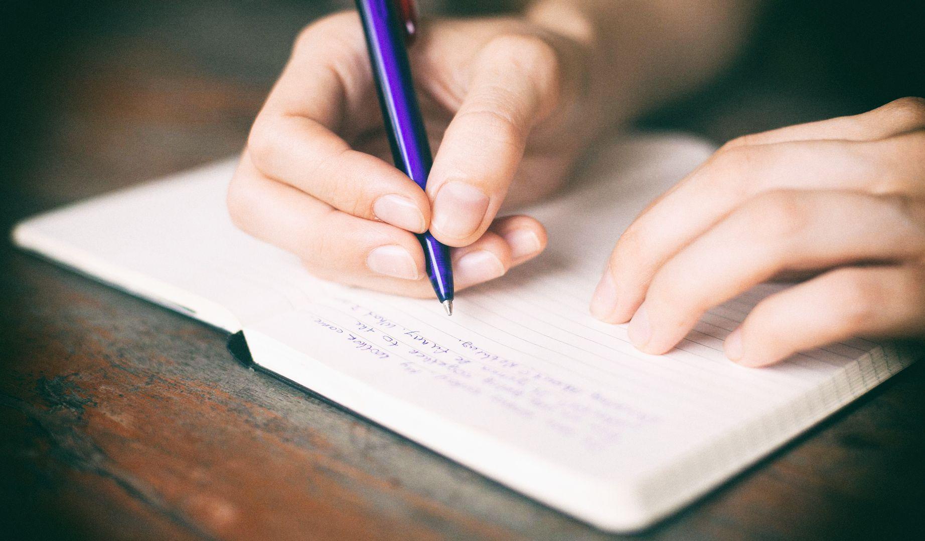 Искусственный интеллект Facebook может имитировать чужой почерк