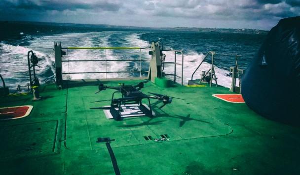 Британский флот тестирует беспилотники для спасения утопающих
