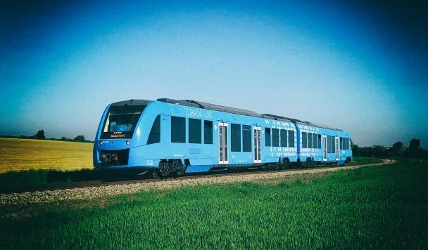 У Польші почав роботу перший у світі водневий пасажирський потяг