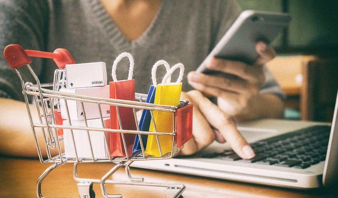 42% онлайн-покупателей заказывают в интернете регулярно