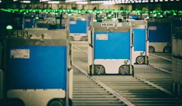 Роботы-грузчики устроили пожар на складе торговой компании