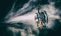Автономный гоночный дрон победил профессионального пилота-человека