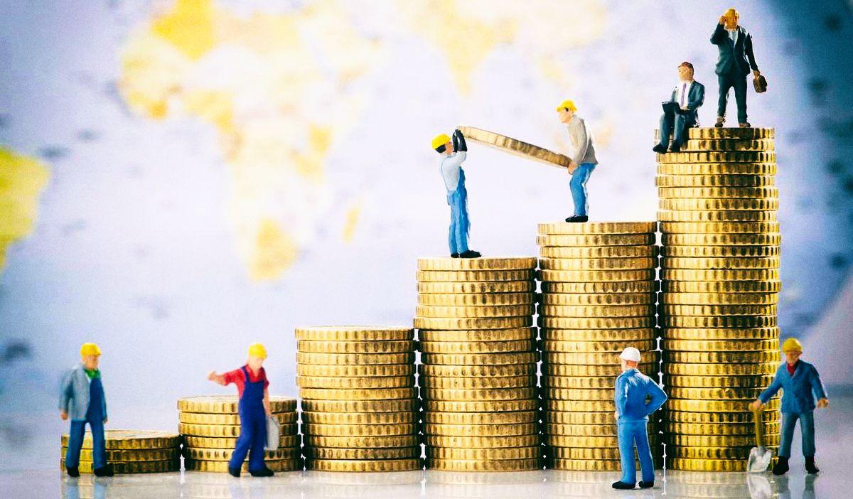Актуальные профессии для абитуриентов: больше ищут специалистов в сфере торговли, логистики и строительства