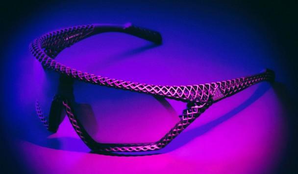 В Adidas напечатали на 3D-принтере солнцезащитные очки весом 20 граммов