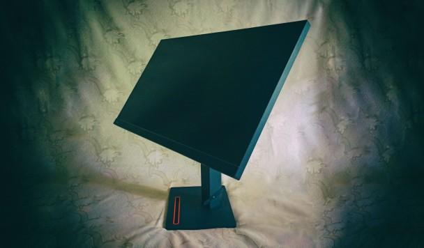 Обзор монитора Lenovo ThinkVision T27h-20: Большой и удобный
