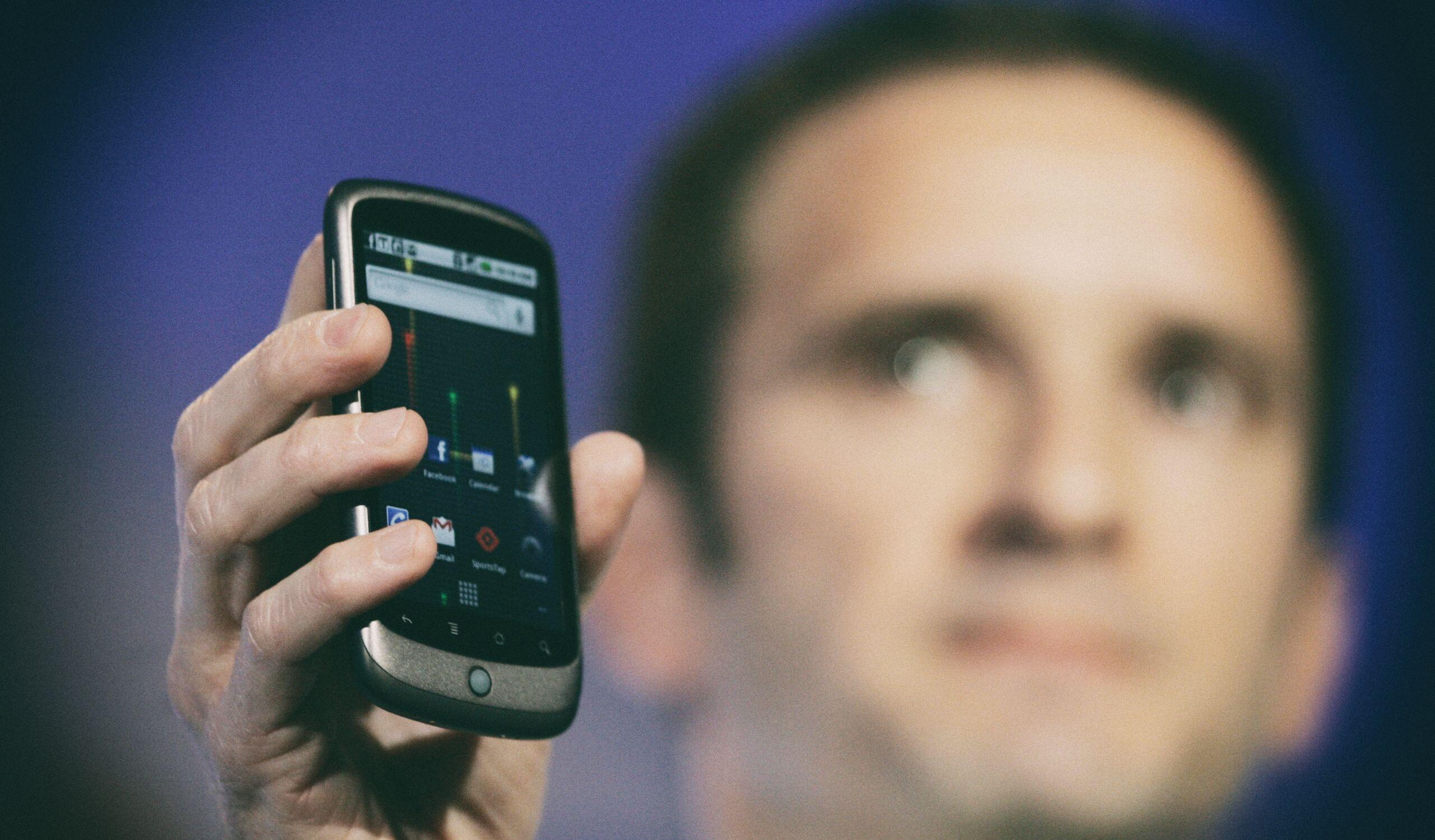 Google полностью прекратит поддержку древних версий Android