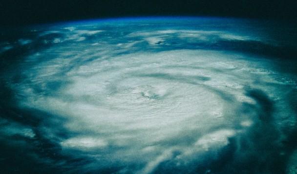 """Ученые: «Чудовищный ураган """"Ида"""" - следствие глобального потепления»"""