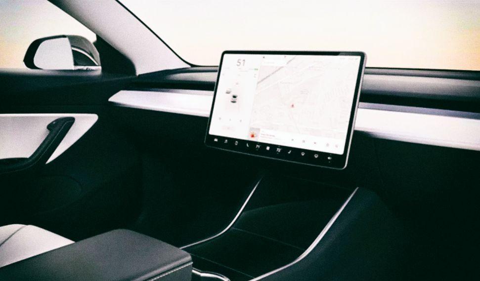 Илон Маск планирует создать дешевый электромобиль Tesla без руля