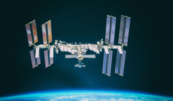Поставлен рекорд по количеству людей в космосе