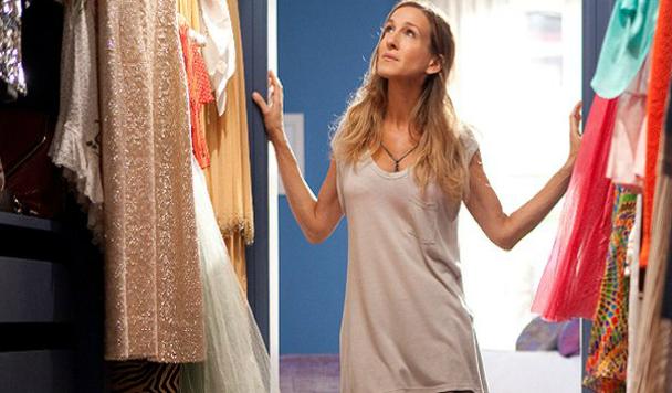 Где продать ненужную одежду? Обзор популярных онлайн-барахолок