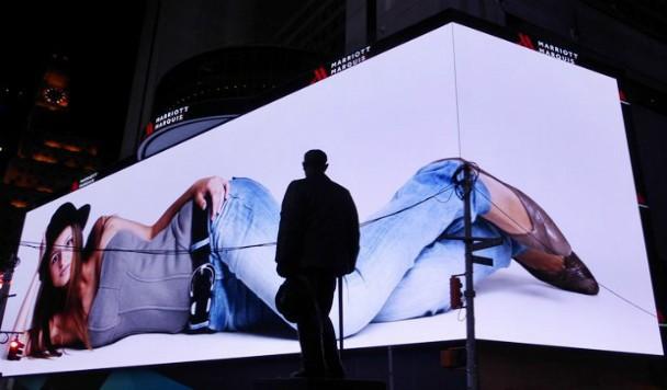 Google выкупила самый дорогой билборд в мире