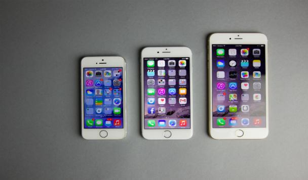 Размер имеет значение: Microsoft высмеял IPhone 6 Plus