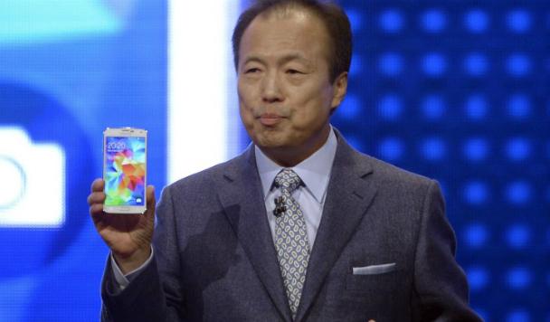 Samsung Electronics несёт убытки. Кто первый на увольнение?