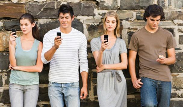 Почему люди все больше предпочитают мобильный шоппинг?