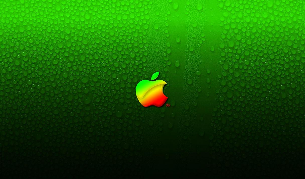 Apple бьет рекорды и становится чище