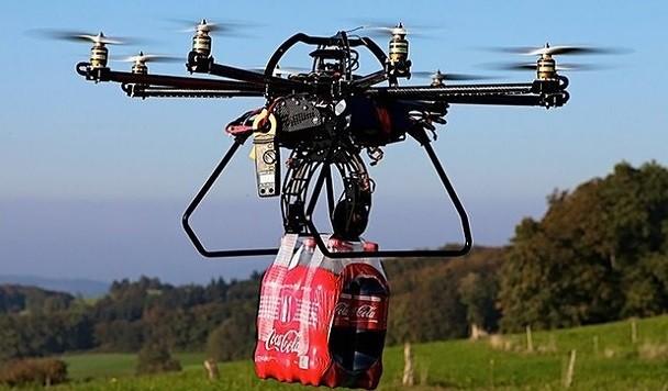 Amazon не сможет доставлять товары дронами еще минимум два года