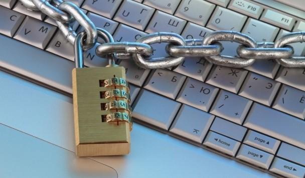 Россия блокирует все украинские сайты