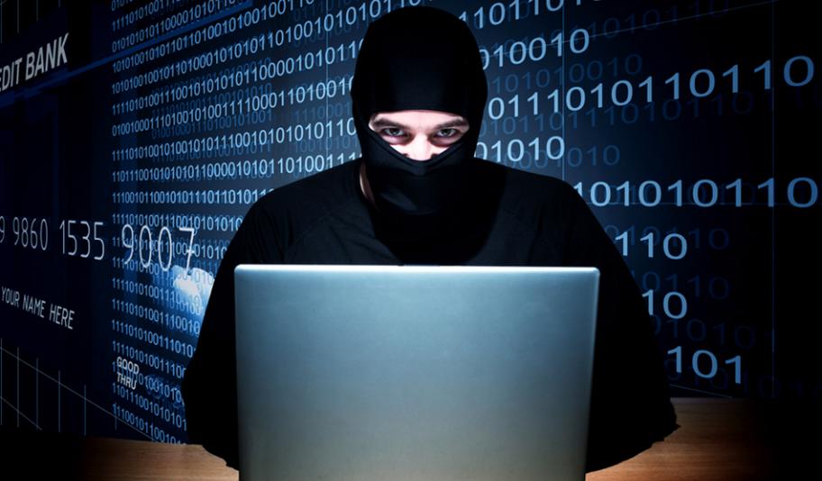 Три четверти сотрудников офисов крадут конфиденциальную информацию