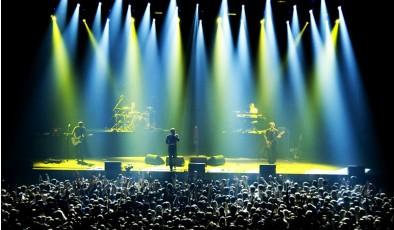 Рынок электронных билетов на концерты потерял 1,5 млрд. грн. и выжил за счет украинских групп