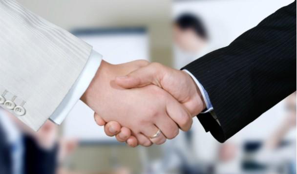 Слияния, поглощения и инвестиции IT-компаний в августе 2015 года