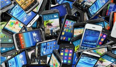 Самые популярные смартфоны, приложения и игры (инфографика)