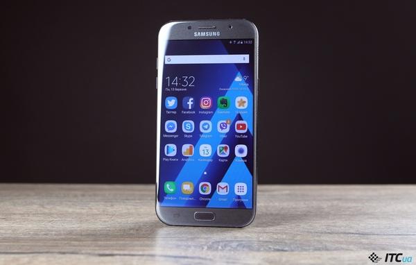 Samsung планирует переформатировать линейки своих смартфонов