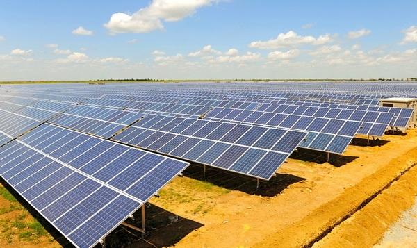 Китайцы хотят построить в Украине солнечные электростанции общей мощностью в 300 МВт