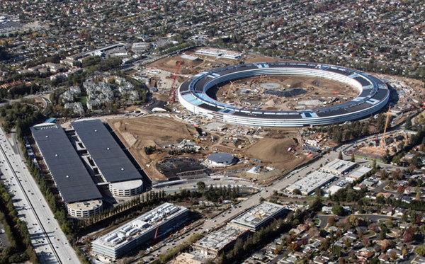 Apple опубликовала первые снимки интерьера строящегося офиса