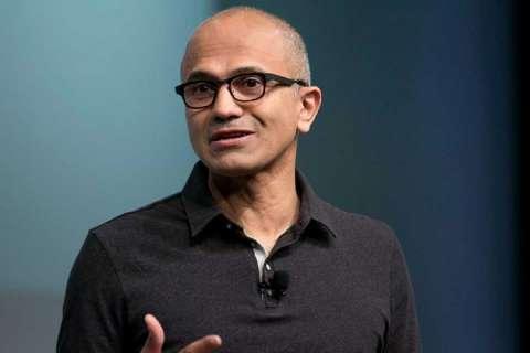 Глава Microsoft признает, что компания упустила рынок смартфонов
