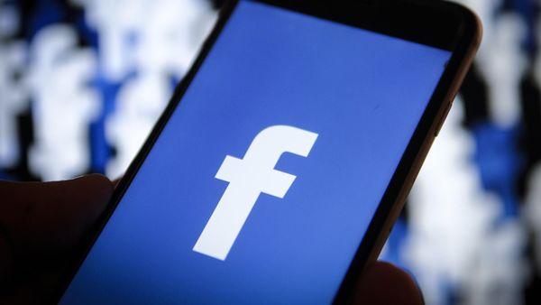 Власти Великобритании оштрафовали Facebook на $660 тысяч из-за скандала с утечкой данных