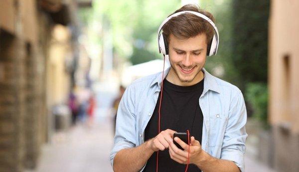 Стриминговые сервисы стали основным источником продаж музыки