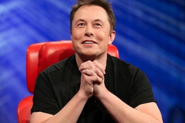 Илон Маск в шутку пообещал заняться производством конфет