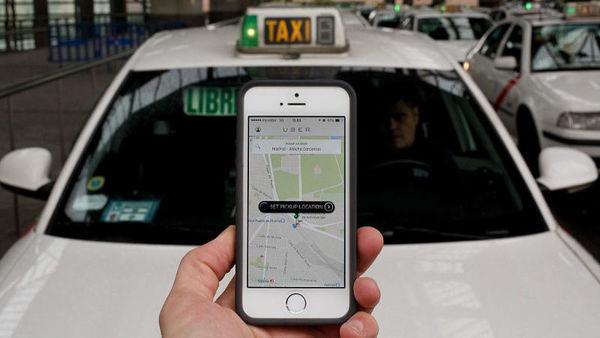 Uber разрешил оставлять чаевые водителям в США