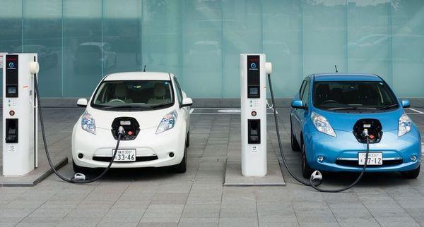 Число купленных электромобилей в Украине бьет рекорды