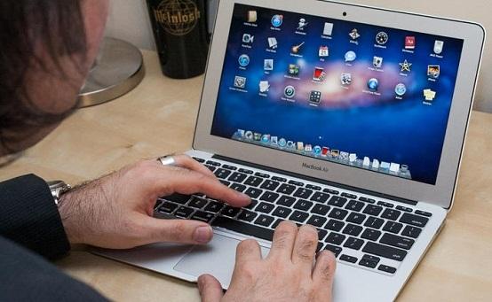 Apple сняла с продаж 11-дюймовые Macbook Air и мониторы Thunderbolt