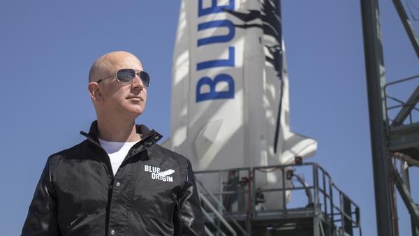Глава Amazon ежегодно продает акций на $1 млрд для космического проекта