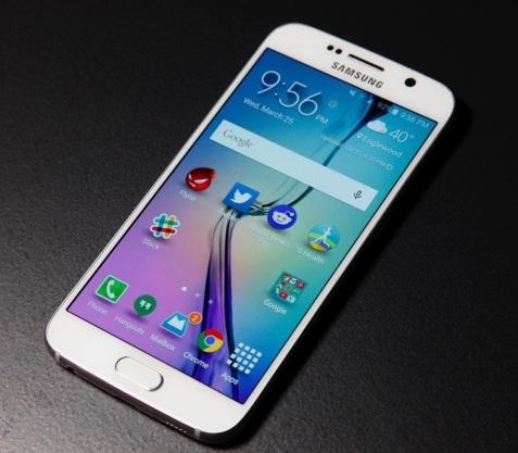 Samsung Galaxy S7 может выйти в одно время с iPhone 6s